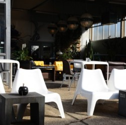Restaurant LEEN terras